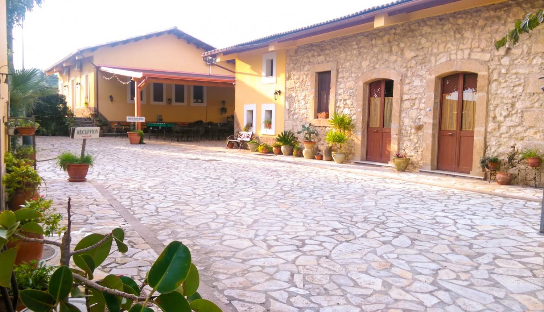 Giardini del sole agriturismo il giardino del sole a carlentini menu prezzi castelfranco ecco - I giardini del sole castelfranco veneto ...