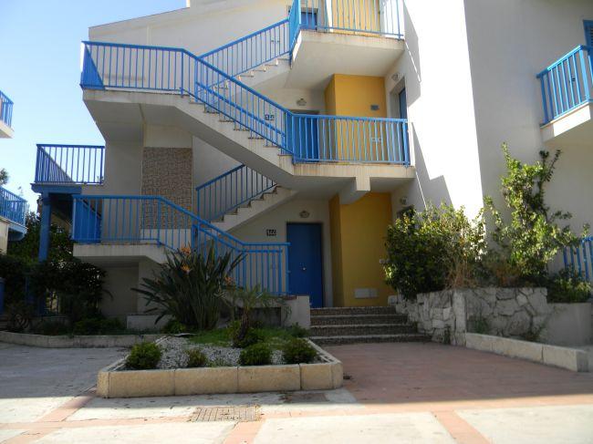 Casa vacanze isola dentro marina di ragusa for Dentro i piani di casa