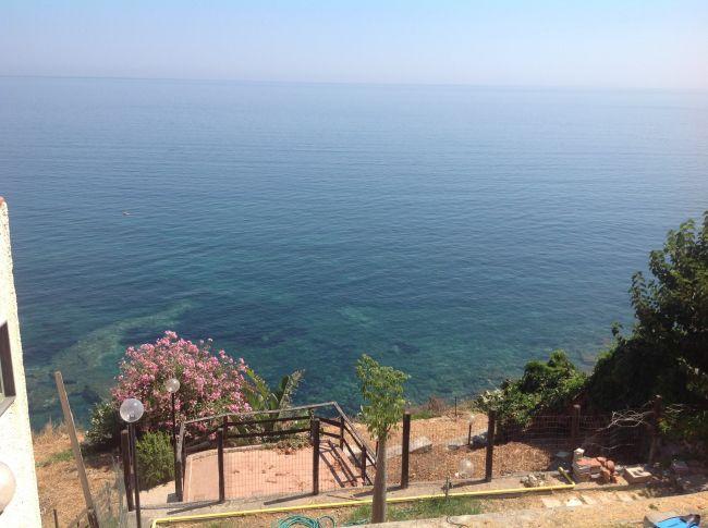 Casa vacanze terrazza sul mare brucoli - Terrazzi sul mare ...