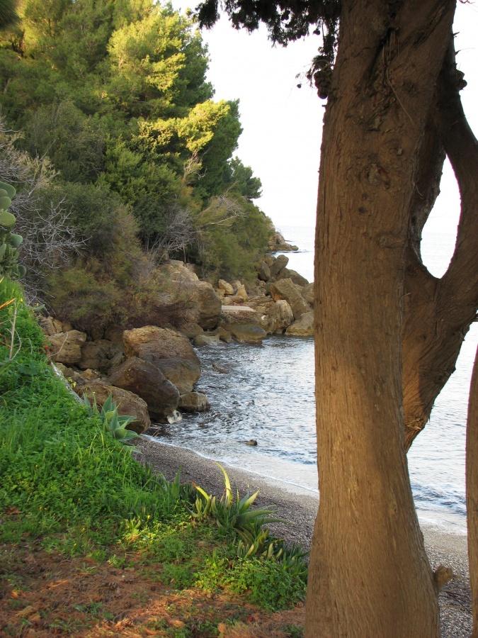 Casa vacanze scopello residenza sul mare accesso privato for Vacanze a barcellona sul mare